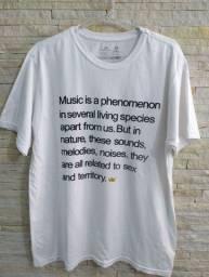Camiseta masculina marca Osklen M