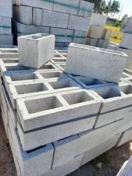 Promoção de blocos de concreto 14x19x39 vedação reto