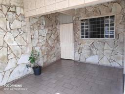 Título do anúncio: Casa com 4 quartos - Bairro Vila Redenção em Goiânia