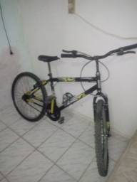 Vendo essa bicicleta 200,00