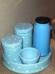 Título do anúncio: Kit Higiene Porcelana com garrafa térmica