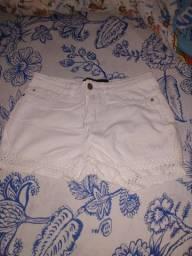 Vendo short branco