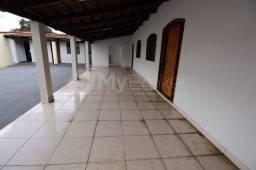 Título do anúncio: Casa com 3 quartos - Bairro Setor Sudoeste em Goiânia