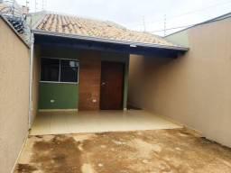Linda casa com suite e terreo grande de transferencia