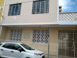 Alugo casa no Centro de Juazeiro ao lado do SAAE, antigo IBGE, otimo para empresas