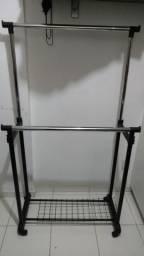 Arara / Porta cabide com regulagem de altura