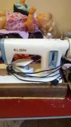 Maquina costura super boa