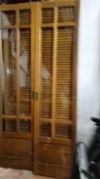 Porta balcão de madeira Louro