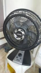 Vendo este ventilador .funciona bem