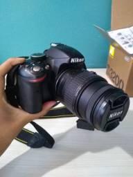 Câmera nikon D3200 na caixa