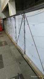 Vendo estrutura completa de placa de loja