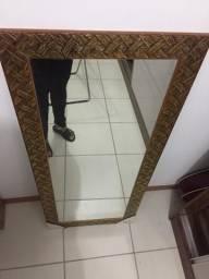 Espelho grande dourado