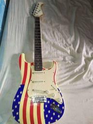 Guitarra eagle com capa
