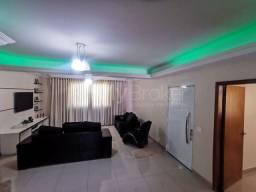 Título do anúncio: Casa sobrado com 3 quartos - Bairro Vila Regina em Goiânia