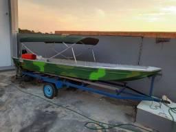Canoa modelo XP (Semi-chata) de 5.50m de comprimento por 1.35m de largura com 2 poltronas