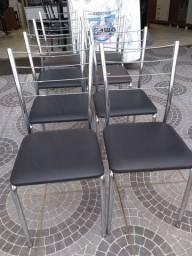 Cadeiras de inox a unidade