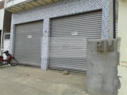 Vendo galpão de 210 m² no centro de Tacaimbó