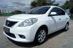Nissan Versa SL 1.6 Flex 2014 Simplesmente Lindo