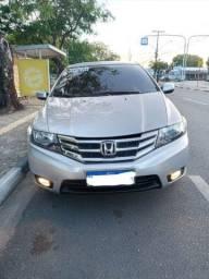 Título do anúncio: Vendo Honda City ano 2013 - SOMENTE VENDA