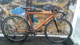 bicicletas novas e semi-novas