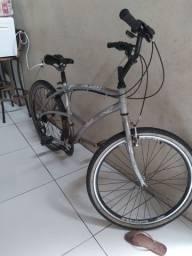 Bicicleta aro 26  de alumínio bem conservada