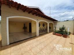 Título do anúncio: Casa para Venda Penápolis / SP Centro - 370 m²