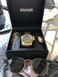 Kit Relógio Magnum + Corrente + Pingente + Óculos