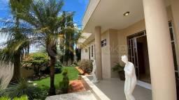 Título do anúncio: Casa com 4 quartos - Bairro Setor Central em Morrinhos