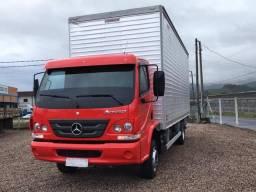 Caminhão M.B. 1016 Bau 6.40 m. - 2013