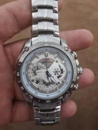 Vendo relógio da marca edifice Casio por 150