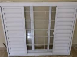Vende-se uma janela em aluminio