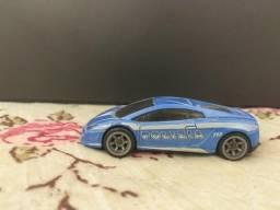 Carros colecionáveis hotwhels