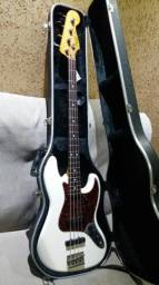 Baixo Fender Squier Vintage Modified J. Bass Olympic + brinde