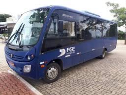 Microonibus rodoviário MB 29 passageiros