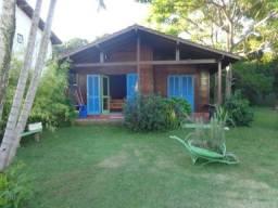 Bela área de 637 m² com ema casa de 3 quartos 1 suite fica 2 mil metros da praia Ingleses
