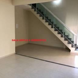 Casa Duplex de 03 Qts, sendo 01 Suíte com 320m² - Campo Grande