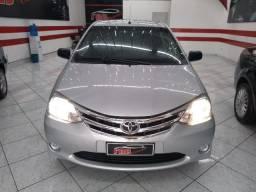 Toyota Etios X 1.3 (Flex) 2013