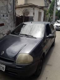 Renault Clio (Leia a descrição)