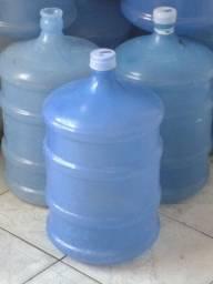 Botijão de água vazio