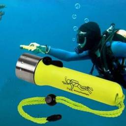 Lanterna de mergulho Led Cree 180 Lumens À Prova D'agua!