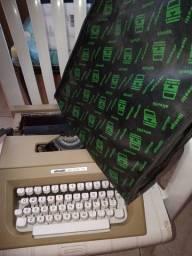 Máquina escrever Olivet