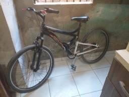 Título do anúncio: Vendo essa Bicicleta semi nova porque não tem mais Utilidade pra mim