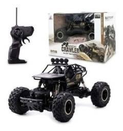 Título do anúncio: Carrinho 4x4 Metal Crawler Rc 2.4 Monster Truck P.entrega<br><br>