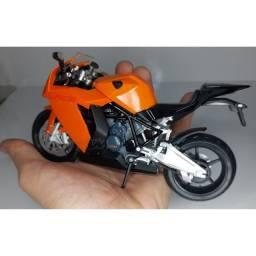 Miniatura moto