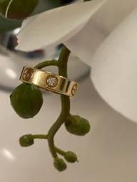 Anel Love Cartier com 3 diamantes