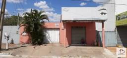 Título do anúncio: Casa de 3Q sendo 1 suíte com sala comercial na Av. V-5, Vera Cruz 2, ponto comercial.