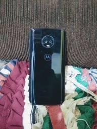 Vendo este Moto G6 plus para conserto, celular novinho!