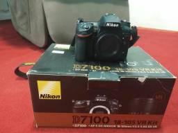 Câmera de 7100