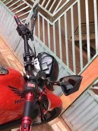 Cb300r 11/12 ABS 7.500,00 moto toda revisada i legalizada até março 2019. Só pegar i andar - 2012