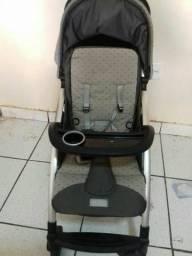 Berço e carrinho para bebê